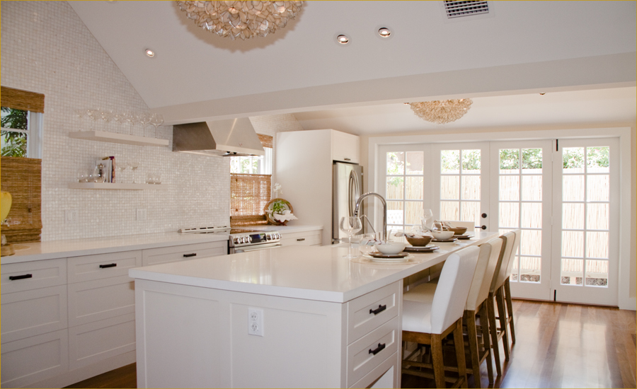 The Granite Gurus Whiteout Wednesday 5 White Kitchens with Quartz Countertops