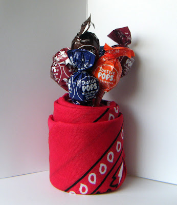 Mini Tootsie Pop Bandana Vase