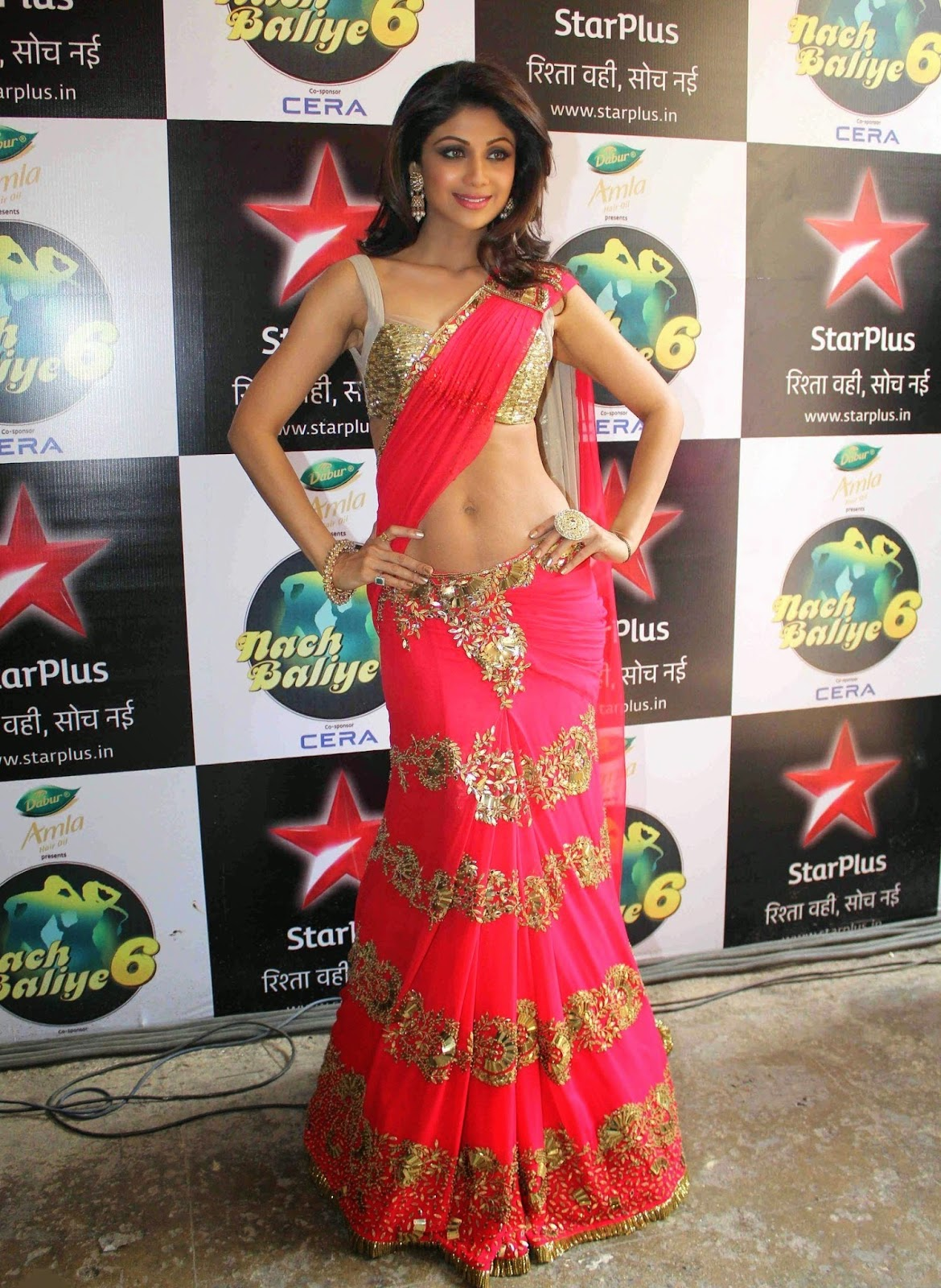 Shilpa Shetty Sexiest Navel Show In Saree Desifunblog