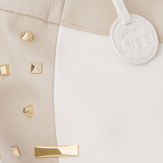 Closeup of the Miche Baden Demi Luxe Shell