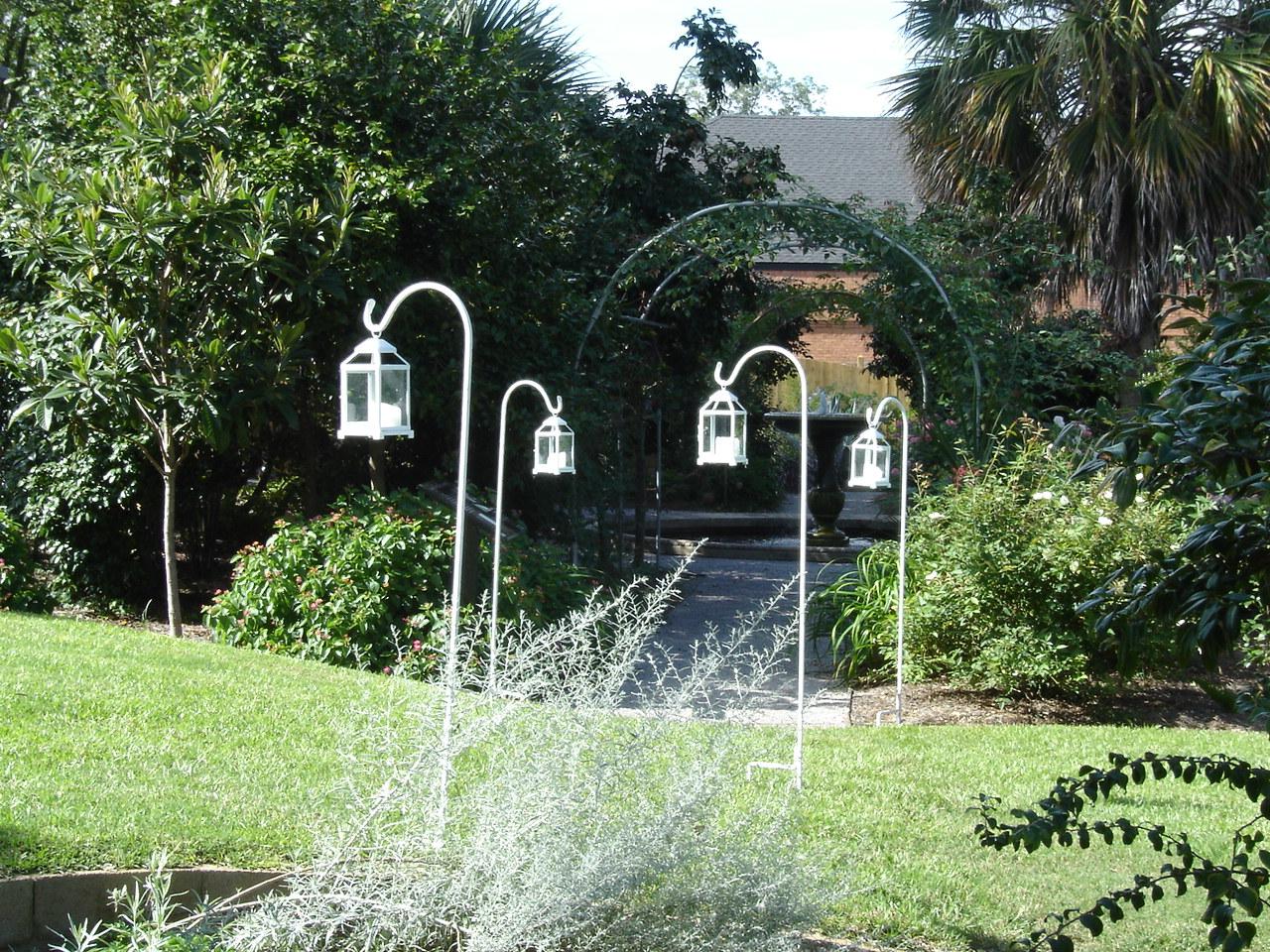 Lanternshop: Garden and beach wedding inspiration!