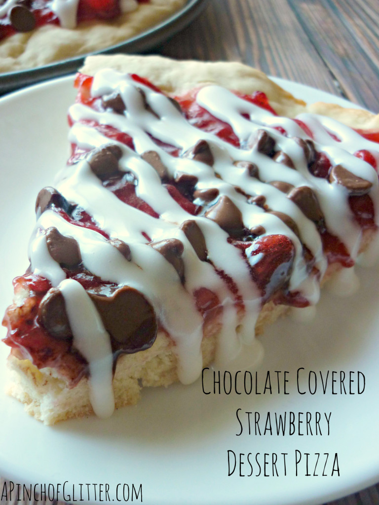 Mandy's Recipe Box: Chocolate Covered Strawberry Dessert Pizza