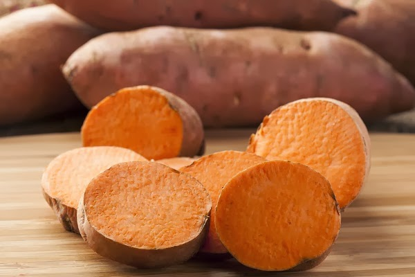 Benefits of sweet potatoes for the skin and hair