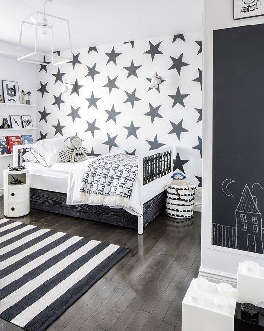 habitación en blanco y negro para niños
