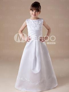 Blanc sans manches en satin robe de première communion