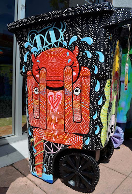 Creative wheelie bins on pinterest recycling bins for Creative art from waste