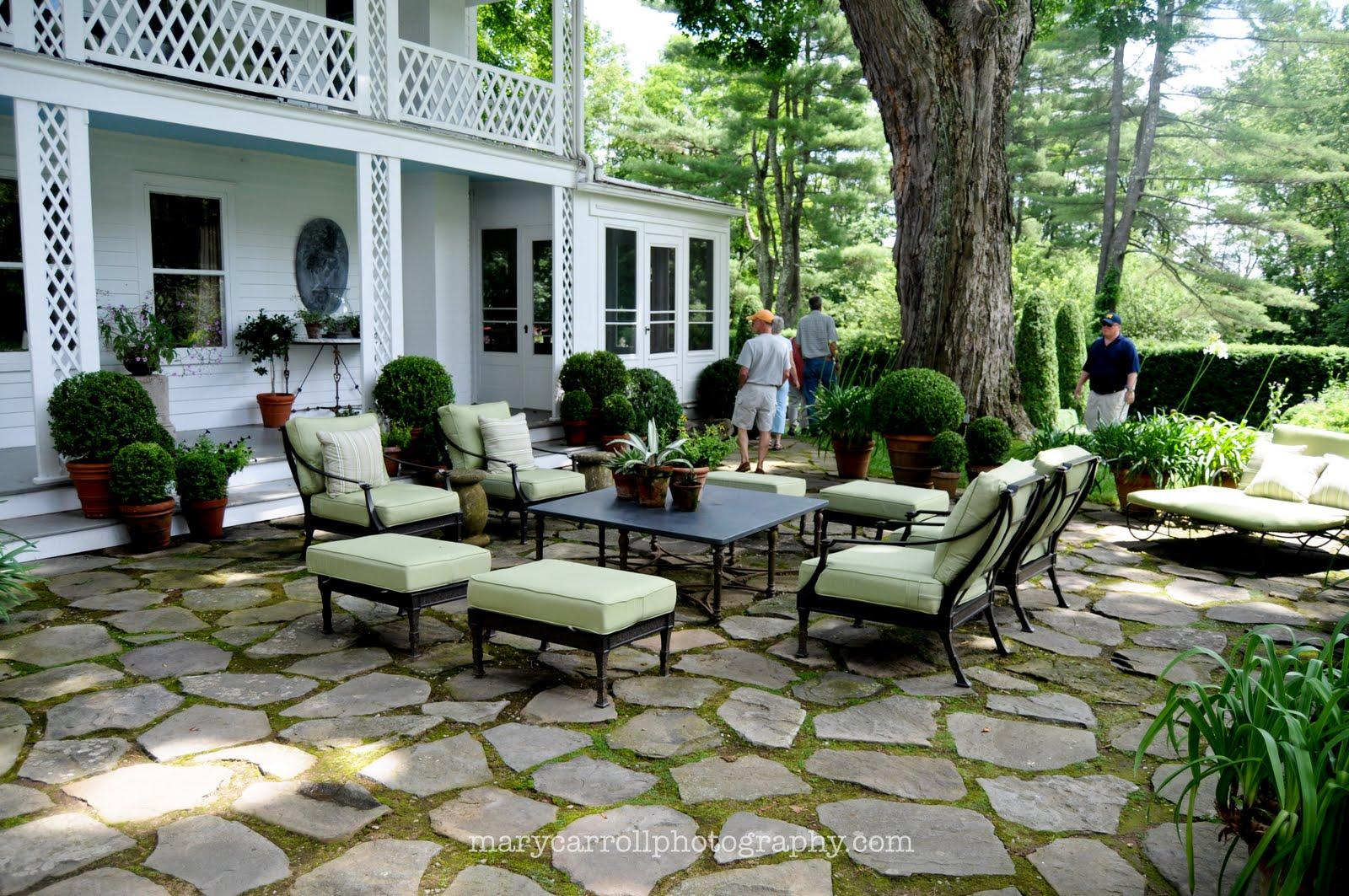 Little Red House Mosaic Monday Garden FurnitureBunny Williams