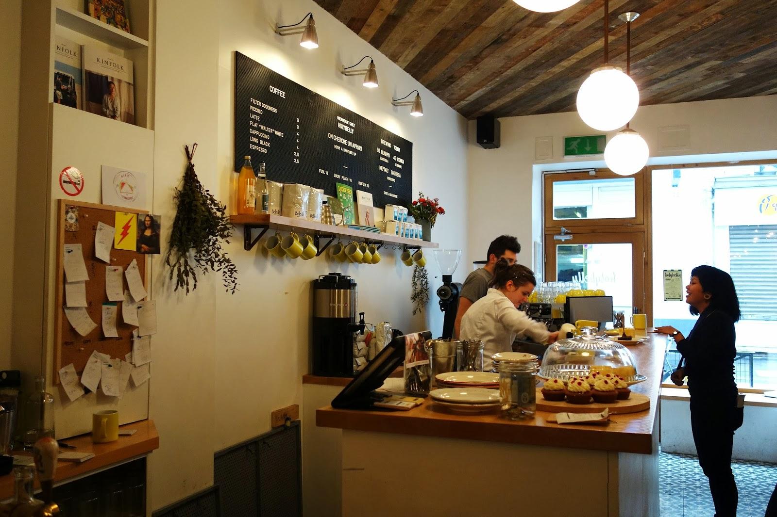 Mes adresses holybelly le coffee shop trendy 19 rue lucien sampaix paris 10 paris la douce - Restaurant rue des vinaigriers ...