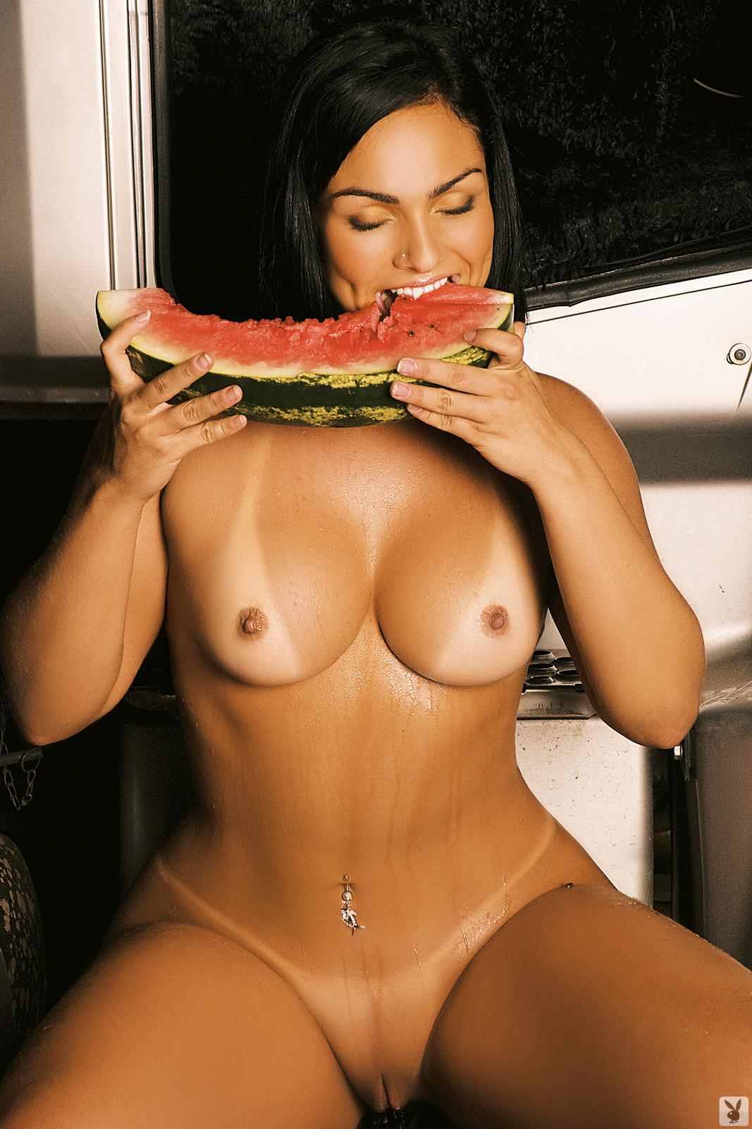 Andressa soares playboy nude