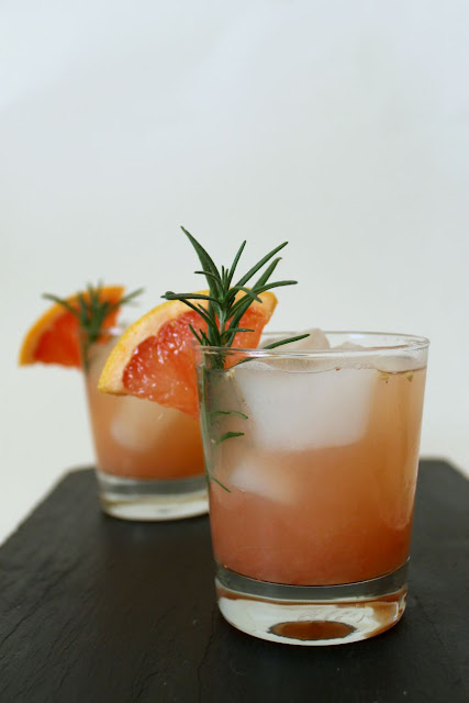 rosemary greyhound (gin + grapefruit)