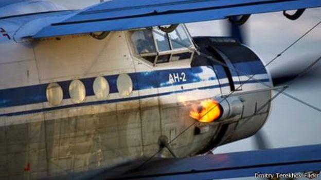 الطائرة التي تطير إلى الخلف .. قصة أغرب طائرة في العالم 150420153023_the_plane_that_can_fly_backwards_512x288_dmitryterekhov.flickr