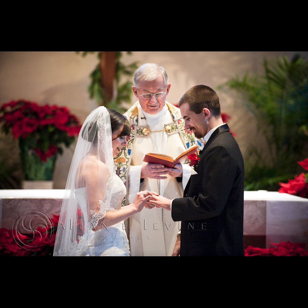 the sacrament of marriage Marriage history according to our catholic faith, jesus lifted marriage to the level of a sacrament – revelatory of the love of god for us the fact that his first miracle occurred at a wedding and his view on the unbreakable marital bond are sited as arguments for this.