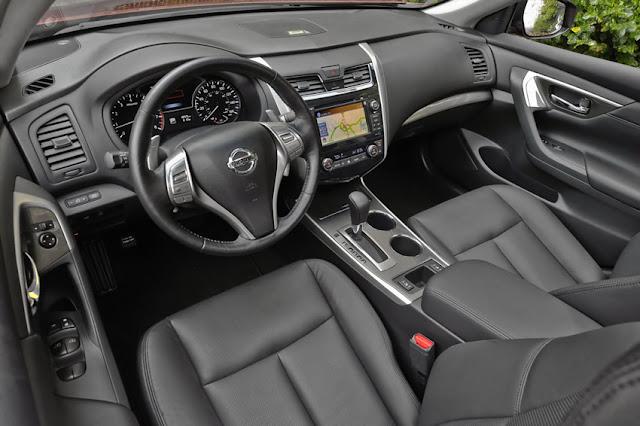 2013 Nissan Altima 2.5 SL interior