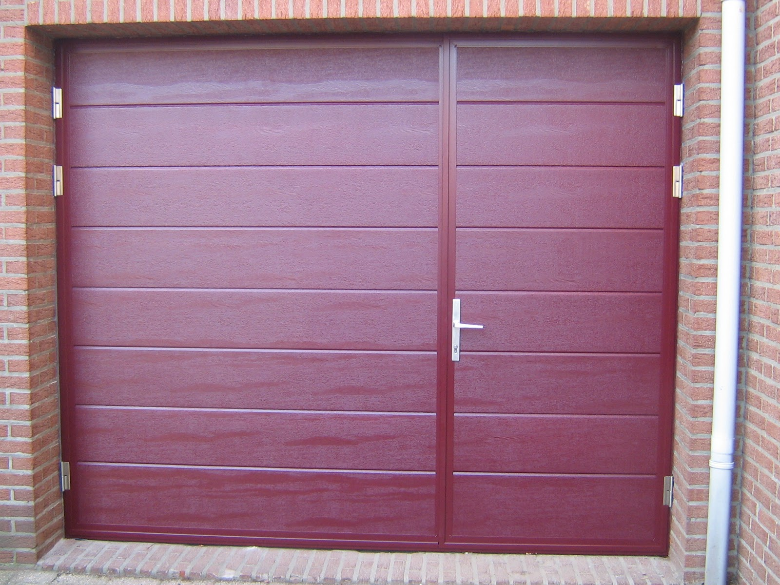 Side hinged garage doors ryterna garage doors Garage with doors on both sides