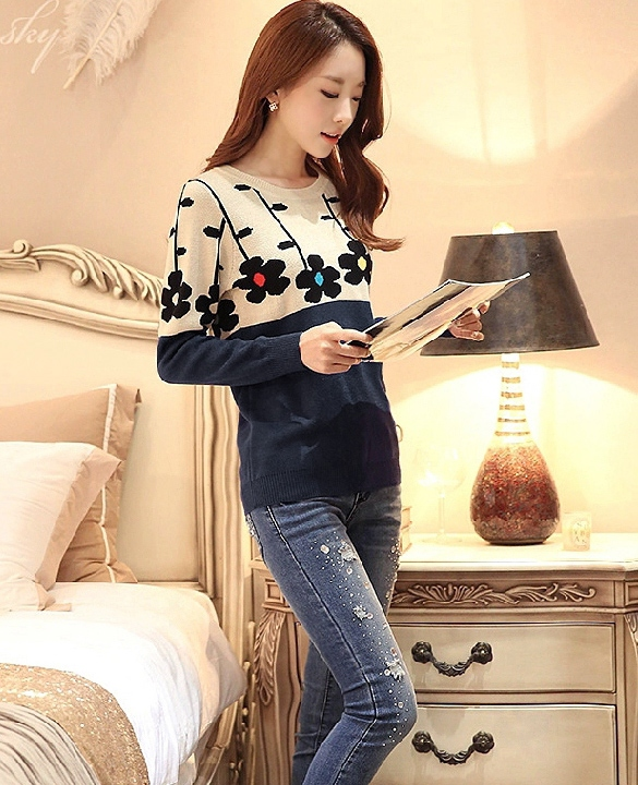 http://www.dresslink.com/new-winter-ladies-flowers-ocollar-sweater-bottoming-shirt-joint-sweaters-p-18331.html?utm_source=blog&utm_medium=banner&utm_campaign=lexi459