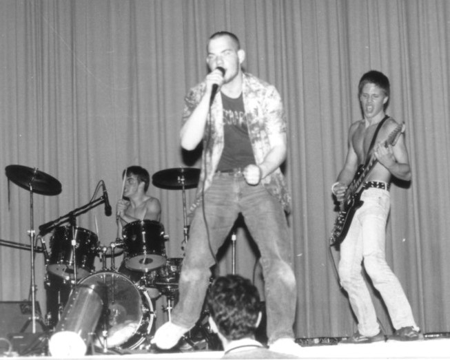 Siege_battle_of_the_bands_1984.jpg