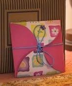 http://lasmanualidades.imujer.com/7193/sencillas-tarjetas-hechas-a-mano