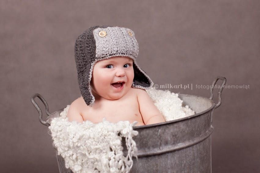 fotografia niemowląt, sesje zdjęciowe dziecka, sesja fotograficzna na prezent, fotograf noworodków,studio milkart