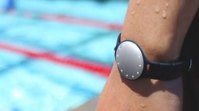pulsera inteligente para nadadores
