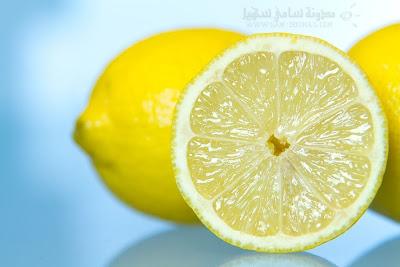 الليمون بديلٌ طبيعي في تبييض الأسنان وتقوية الأظافر وعلاج حب الشباب