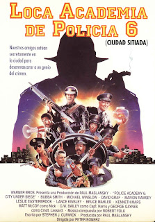 Loca academia de policía 6: Ciudad sitiada Poster
