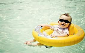 Amazing baby images--- just like a boss