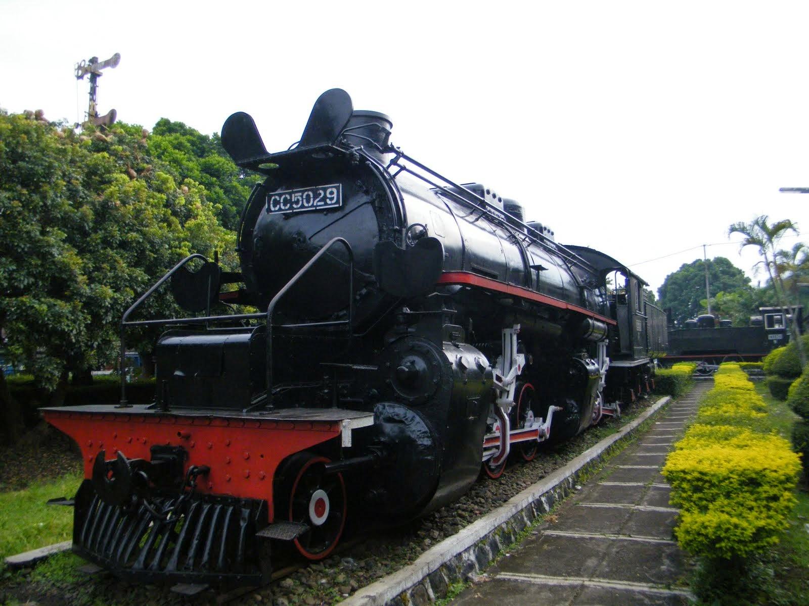 wisata-sejarah-kereta-api-ambirawa