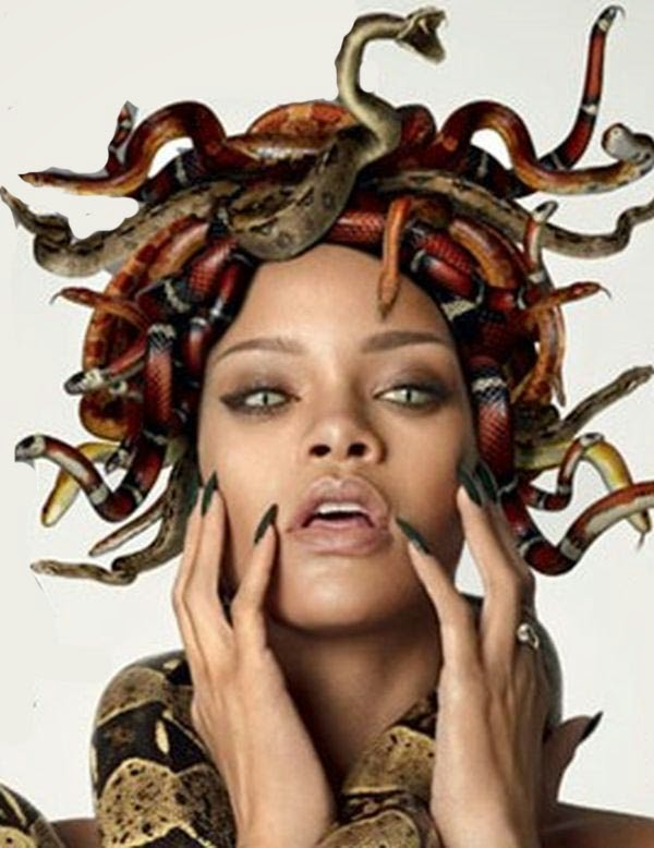 Rihanna como Medusa petrificadora