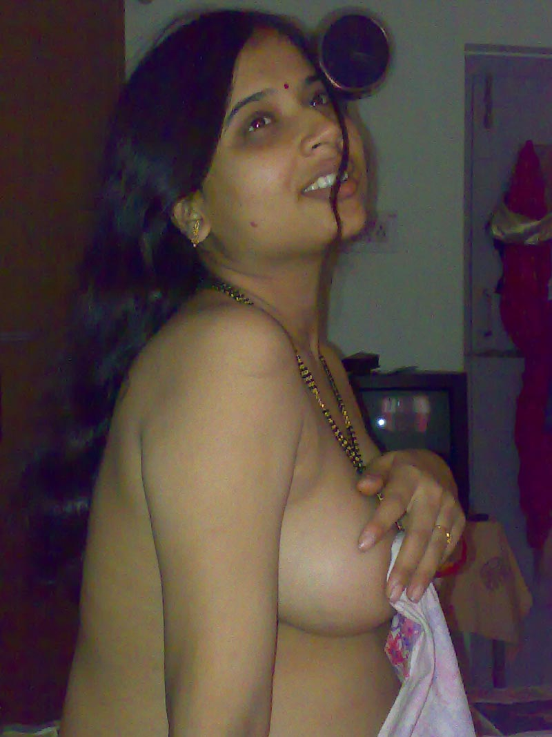 Indian Desi Aunty Nude