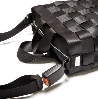 Coleccion de Accesorios con Cinturones de Seguridad