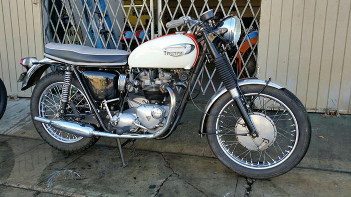 For Sale Scooter Pros 1966 Triumph Bonneville T120 Moto Scoops
