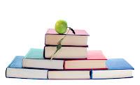 Livros Empilhados Maçã