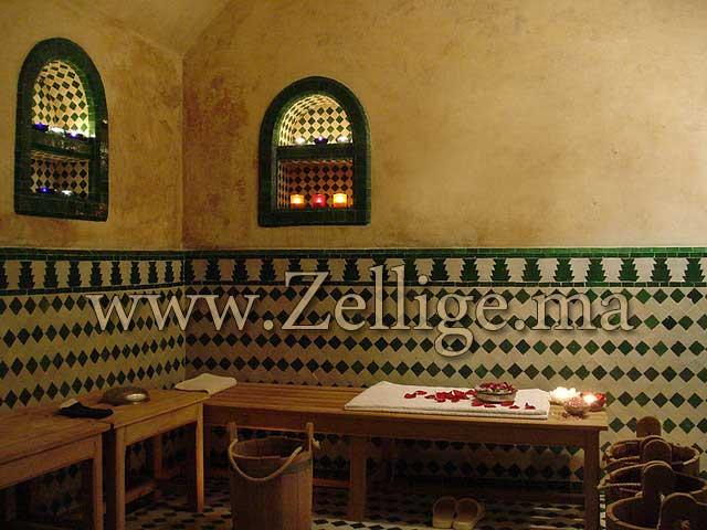 salle de bain marocaine zellige des belles salles du bain en zellige marocain cre par les artisans - Salle De Bain Marocaine Traditionnelle