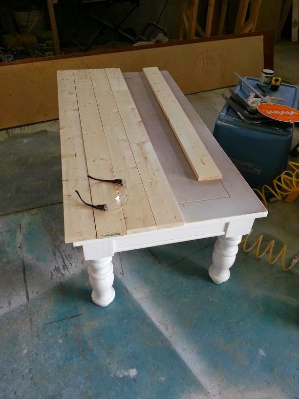 Nifty thrifty momma farmhouse style coffee table for Wood table instructions