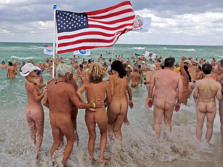 Nudist places in north america