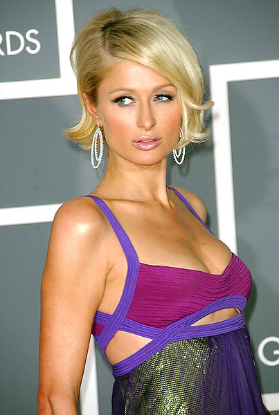 paris-hiltons-chin-length-bob-hairstyles.jpg