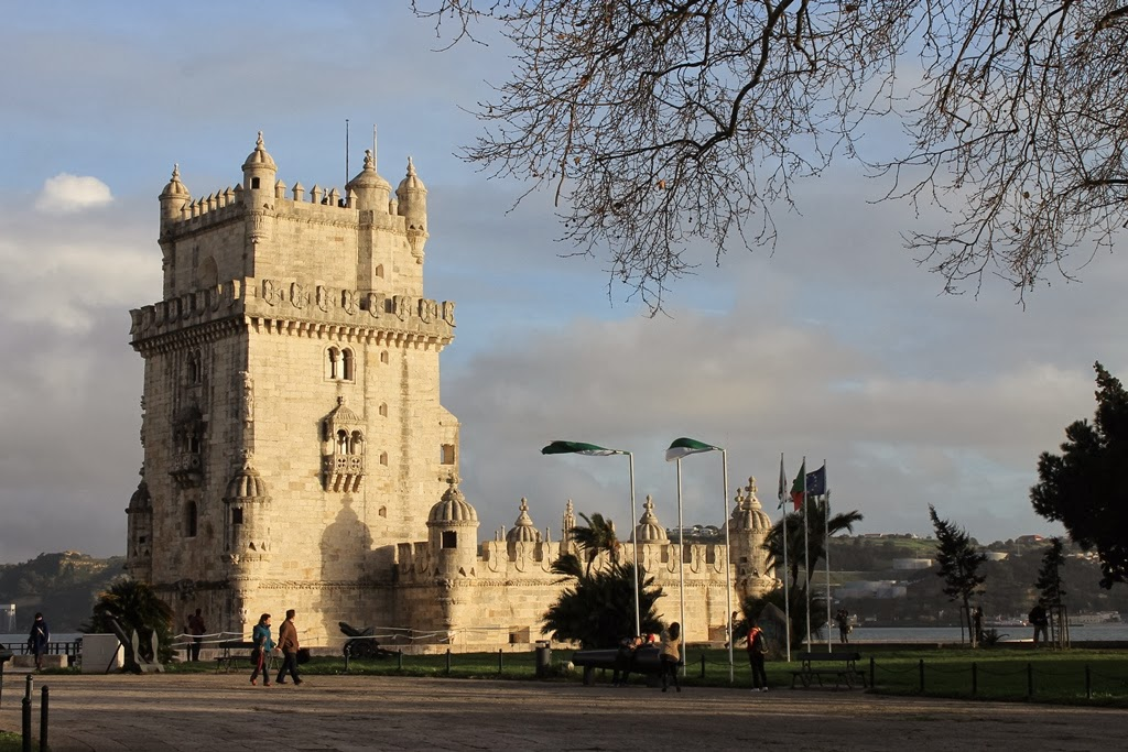 how to get from london to lisbon