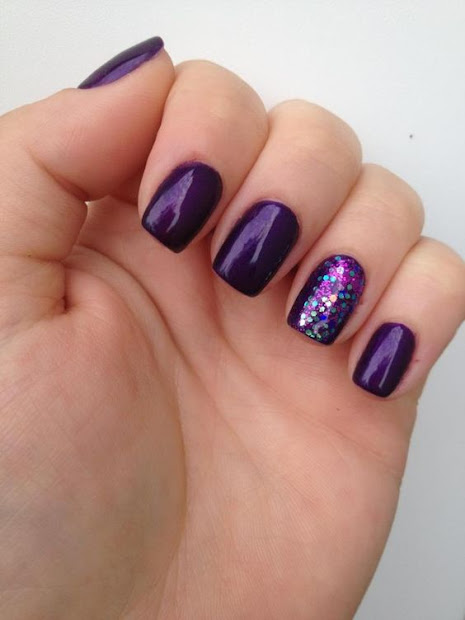 formal nail art ideas in purple