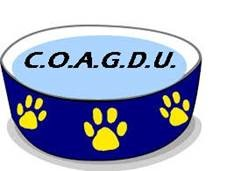 Blue water dish with yellow paw prints reads COAGDU