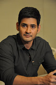 Mahesh Babu stylish photos-thumbnail-20