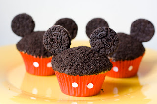 Easy Mickey Mouse Cupcakes With Oreos