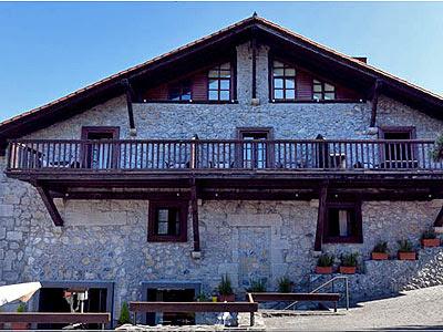 El Hotel Antosegi en Markina, ofrece un precio especial para peregrinos del Camino del Norte.
