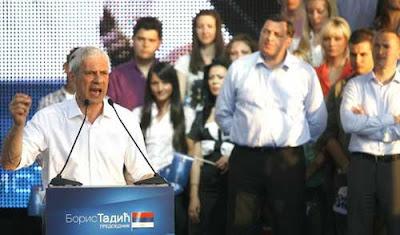 Милорад Додик на Тадићевом митингу, Нови Сад