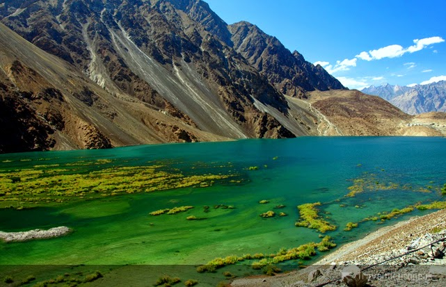 sheosar-lake-pakistan-crystal-clear-water-beaches
