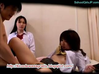 Download bokep 3gp perawan jepang | diperawani oleh gurunya sendiri