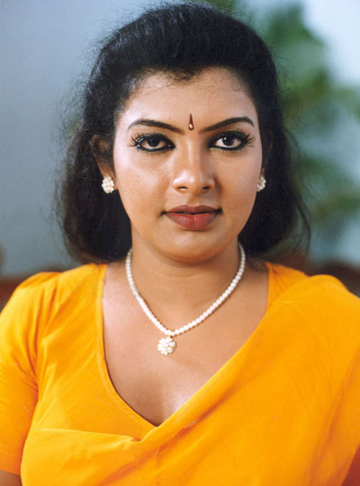 mallu aunty sajani here are several more hot photos of
