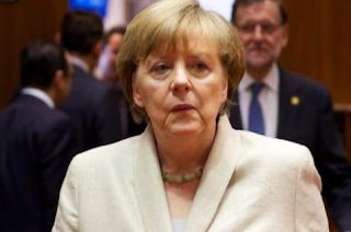 Γερμανός ψυχίατρος: Υπό κατάρρευση η Μέρκελ με νευρικό κλονισμό λόγω... προσφύγων