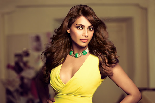 Beautiful Bipasha Basu Wallpaper