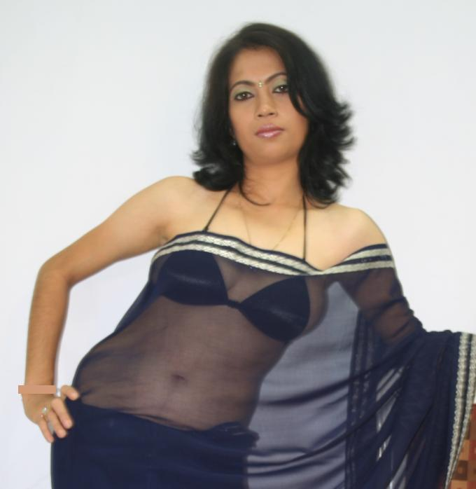 Hot mallu nri aunty share