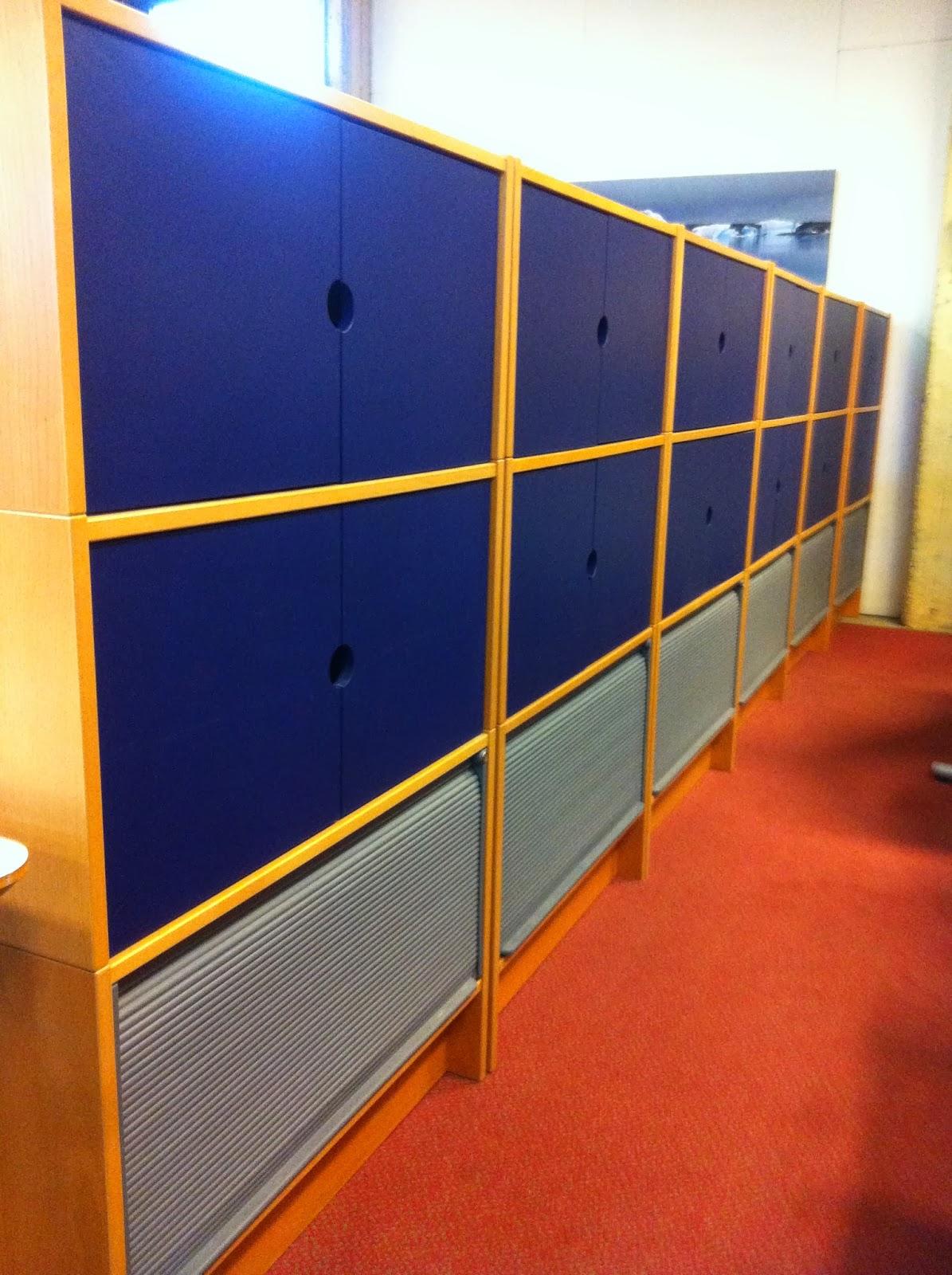 begagnade kontorsm bler begagnade ikea effektiv f rvaringssk p. Black Bedroom Furniture Sets. Home Design Ideas